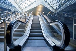 تاریخچه آسانسور و پله برقی به صورت رایگان - فروشگاه ایرانیان شهرساز